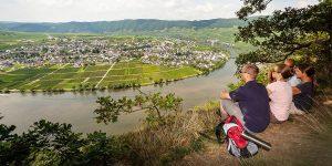 Schöne Wanderwege Im Hunsrück Und An Der Mosel Laden Zum Wandern Und Entdecken Ein